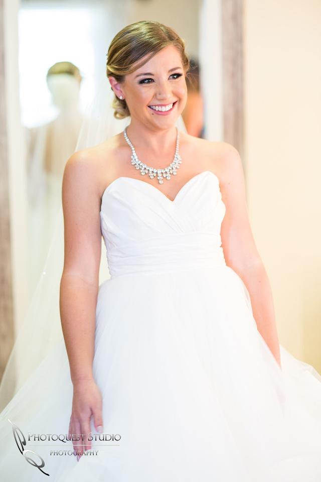 Bride happy happy moment