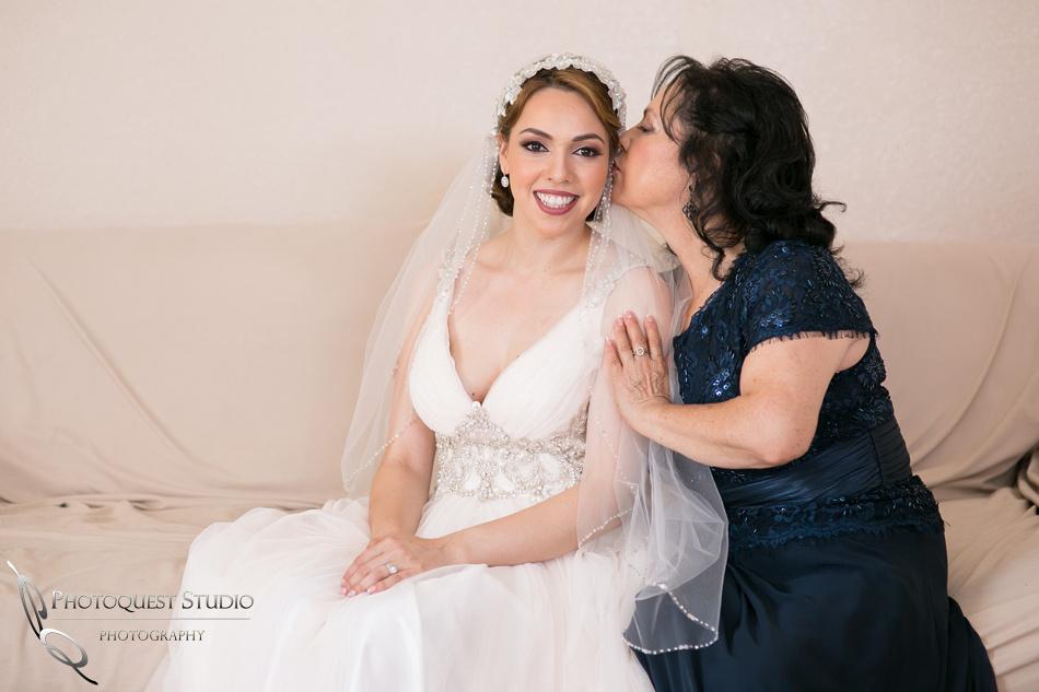 kissing by Mom