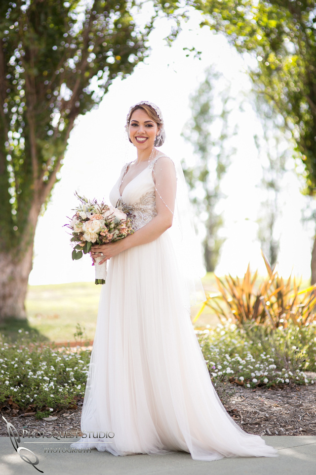 the gorgeous bride and her bouquet