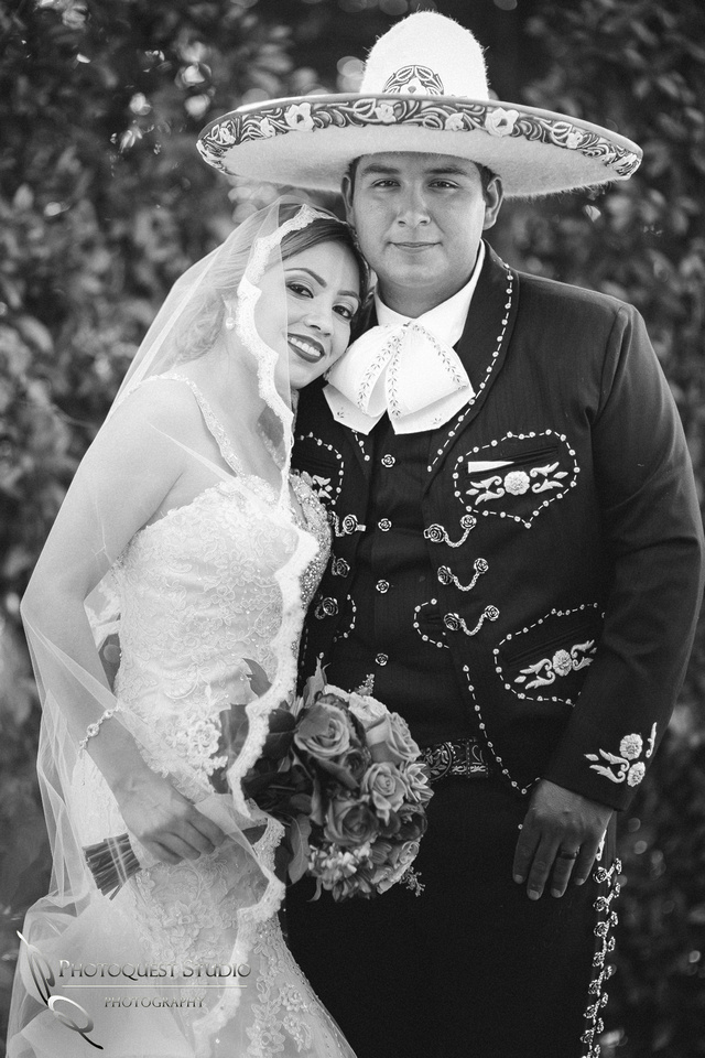 Put your head on my shoulder, Temecula, Menifee Wedding Photographer