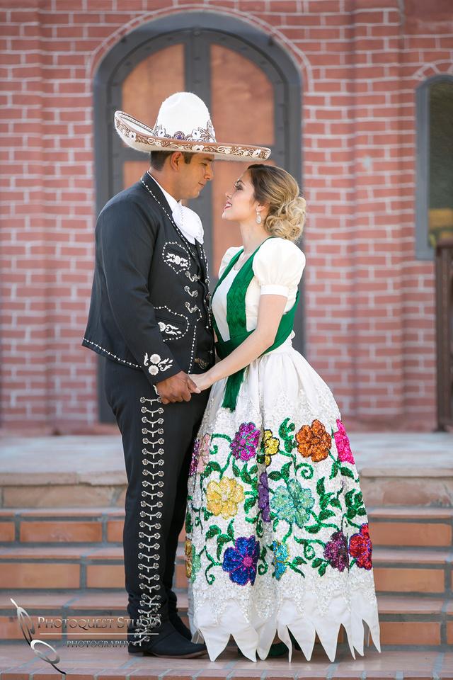 Temecula Photographer at Menifee, Rancho Los Agaves wedding
