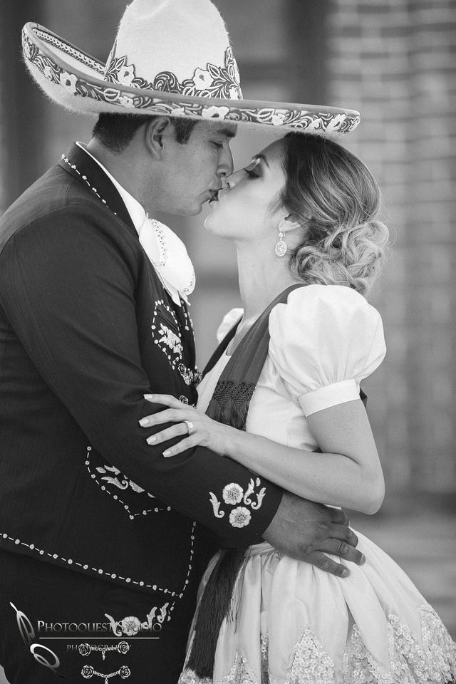 Kiss me, Temecula Wedding Photographer
