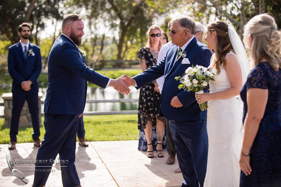Wedding Photographer in Temecula, Lake Oak Meadows (15)