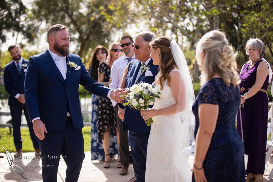 Wedding Photographer in Temecula, Lake Oak Meadows (16)