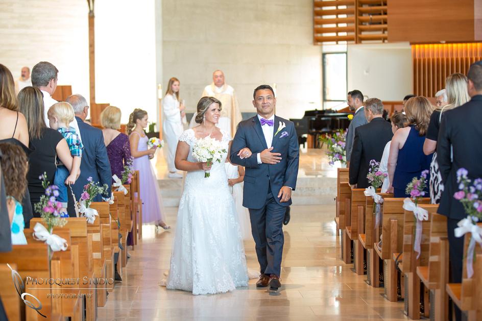Wedding-at-Omni-Resort,-Spa-and-St-Thomas-catholic-Church,-Carlsbad,-Camp-Pendleton,-San-Diego,-California,-Dawn-and-Jon-(23)