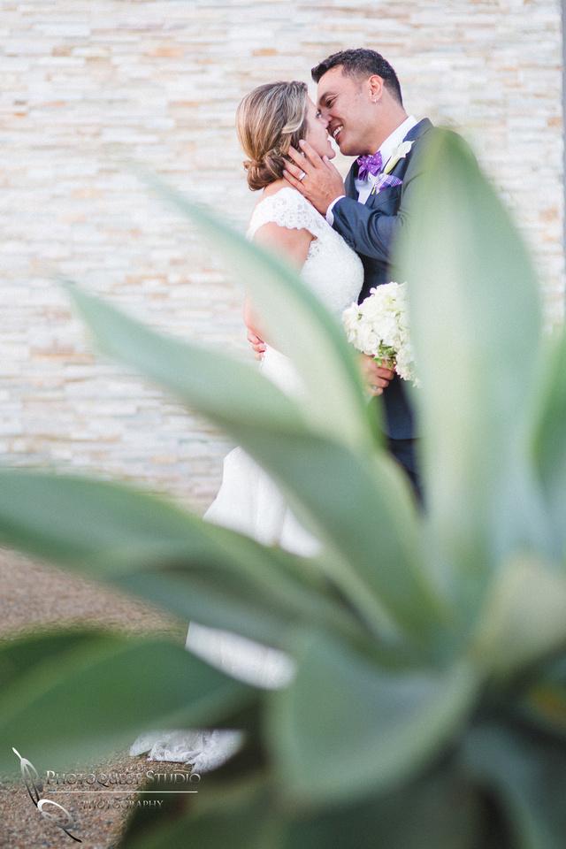 Wedding-at-Omni-Resort,-Spa-and-St-Thomas-catholic-Church,-Carlsbad,-Camp-Pendleton,-San-Diego,-California,-Dawn-and-Jon-(31)