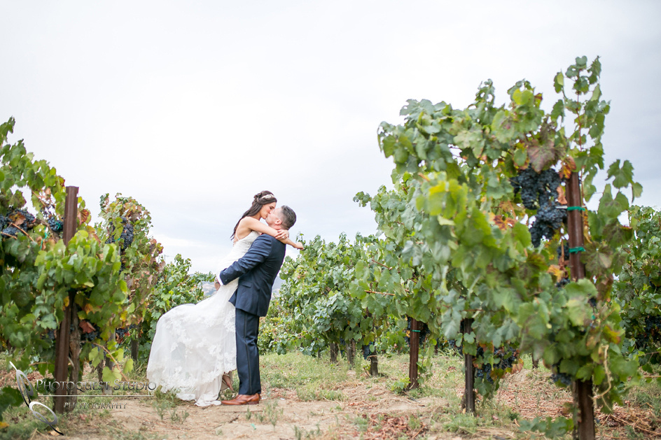 Winery Wedding Photo by Photographer in Temecula.