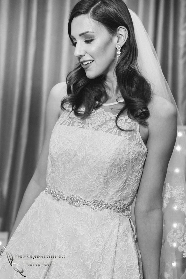 Beautiful model at Kiss-The-Brides-Expo