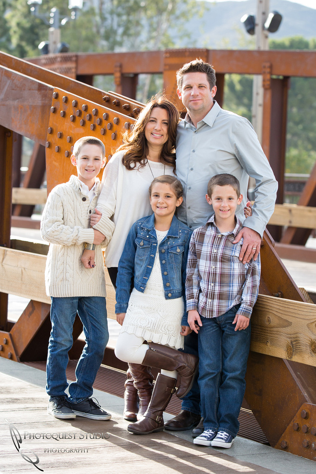 Temecula-Family-Photographer-at-Temecula-Old-Town-Temecula-wedding-Photography-Studio-The-Hansen-6