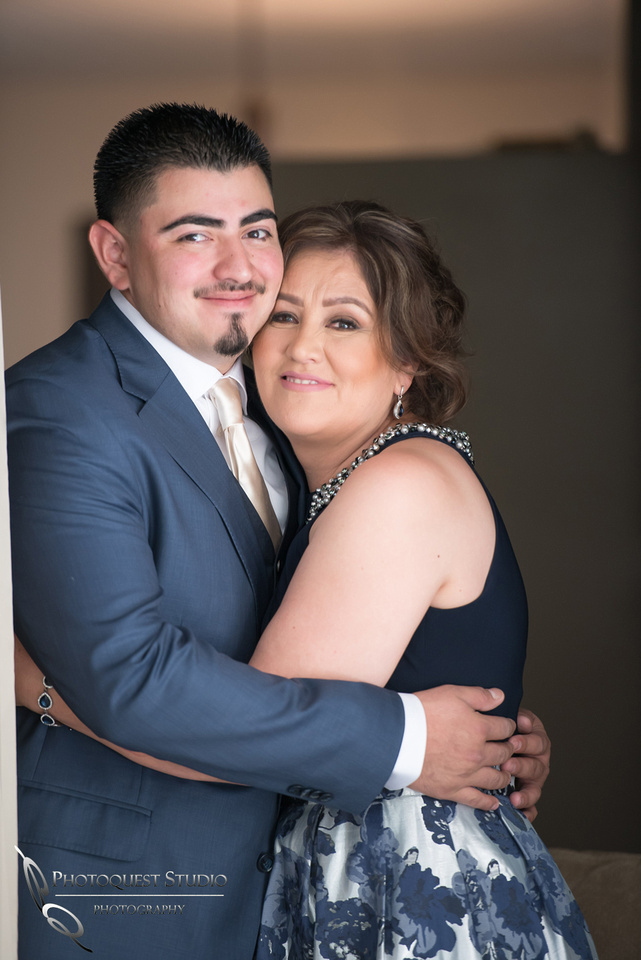 Temecula-Wedding-Photographer-at-Diamond-Bar-Event-Center-Mayra--Juan-(141)