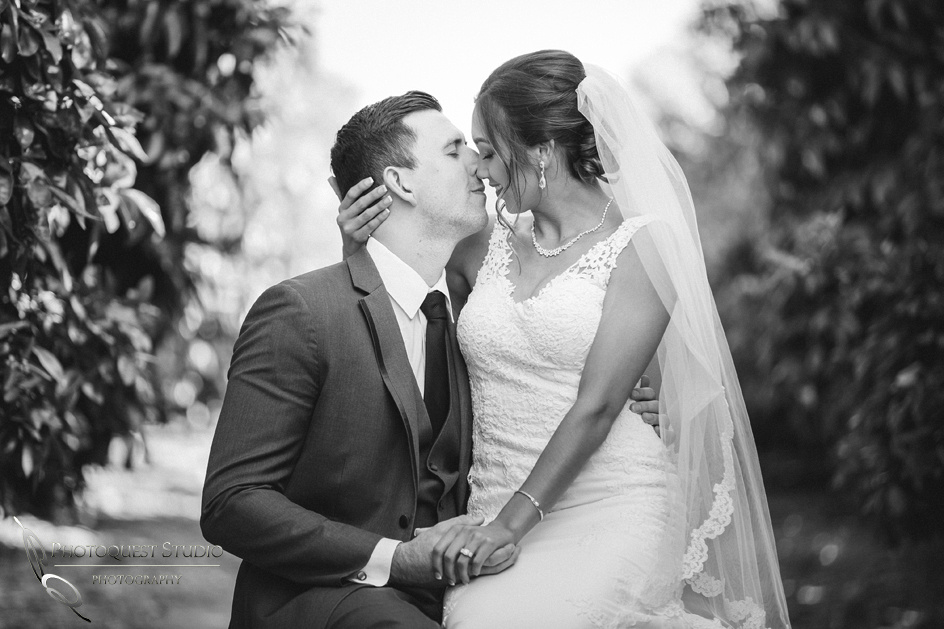 Wedding photographer in Temecula, Black and White