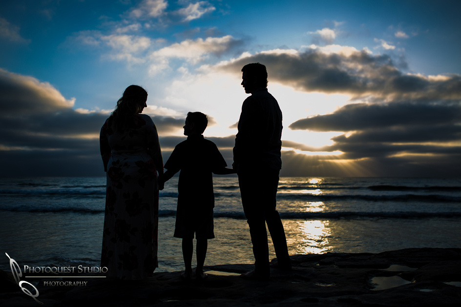 Briana's-Maternity-Photo-at-La-Jolla-Beach,-San-Diego-by-Temecula-Wedding-Photographer-42