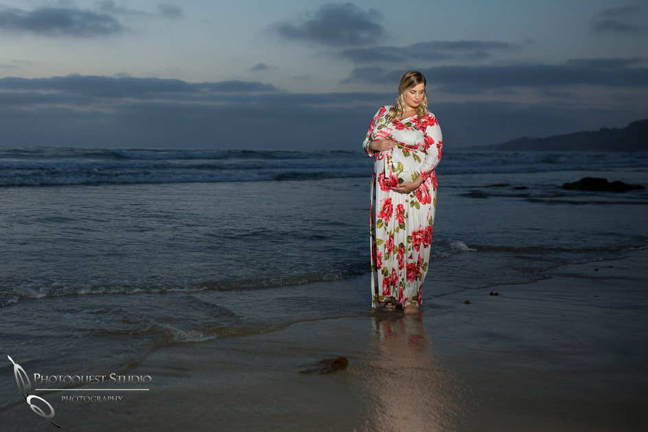Briana's-Maternity-Photo-at-La-Jolla-Beach,-San-Diego-by-Temecula-Wedding-Photographer-80