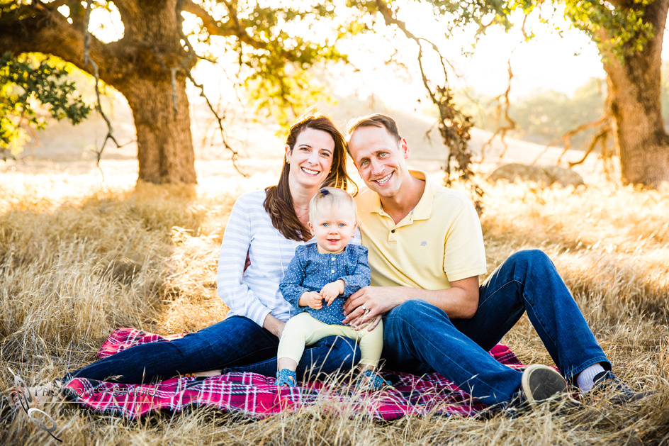 Family-Photo-by-Photoquest-Studio,-Temecula-Photographer