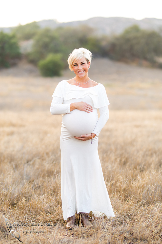 Maternity Photo by Wedding Photographer of Photoquest Studio, Photography