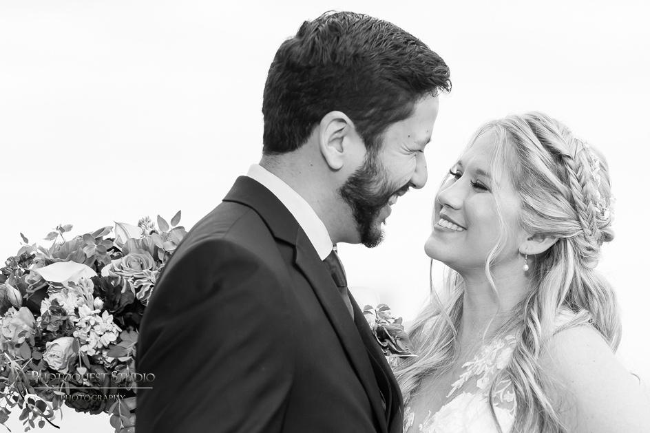 Temecula-Photographer,-Wedding-in-San-Diego,-Angela-&-Ivan--(329)