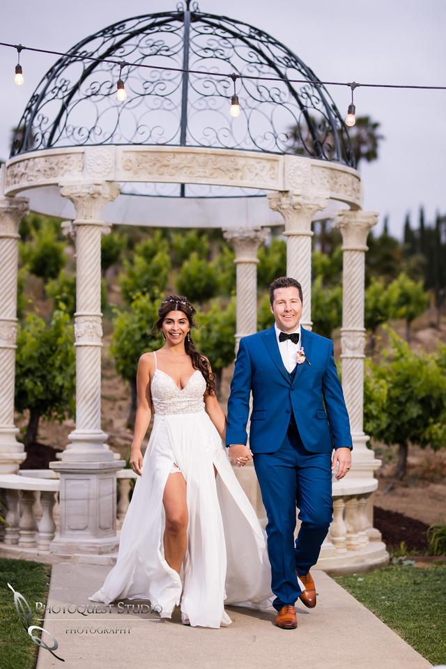 Temecula-Winery-Wedding-Photographer,-Europa-Village,-Fabiola-&-Scott-(424)