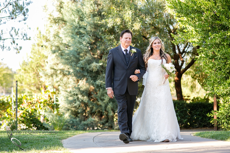 Wedding at Longshadow Ranch Winery by Temecula Wedding Photographer (30)