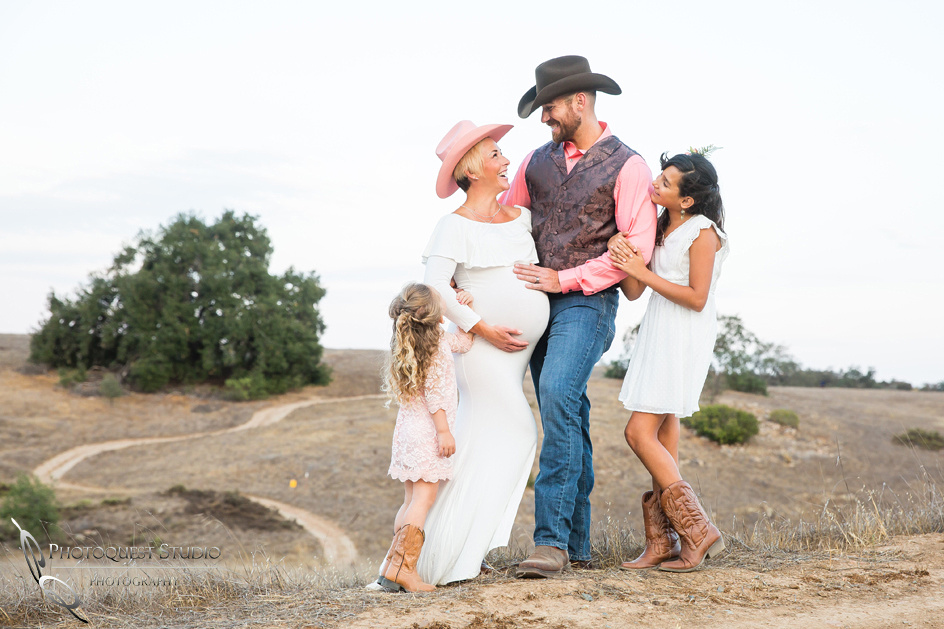 Family,-Maternity-Photo-by-Photoquest-Studio,-Temecula-Wedding-Photographer,-The-Hoon-(25)
