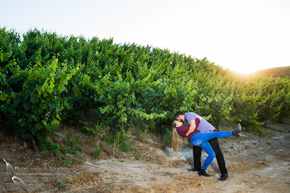 Winery-Engagement-Photo-by-Temecula-Wedding-Photographer,-Angela-&-Ivan-134