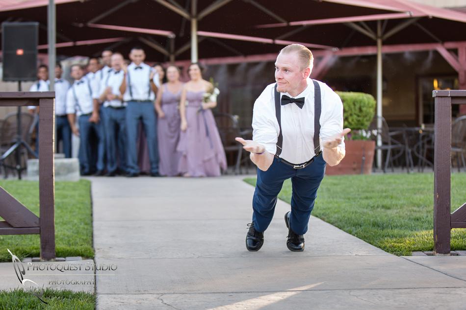 Popup pushup at wedding