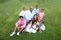 Famliy-sit-on-grass-in-Murrieta--Temecula-Wedding-Photographer---Alex-Family-Photos
