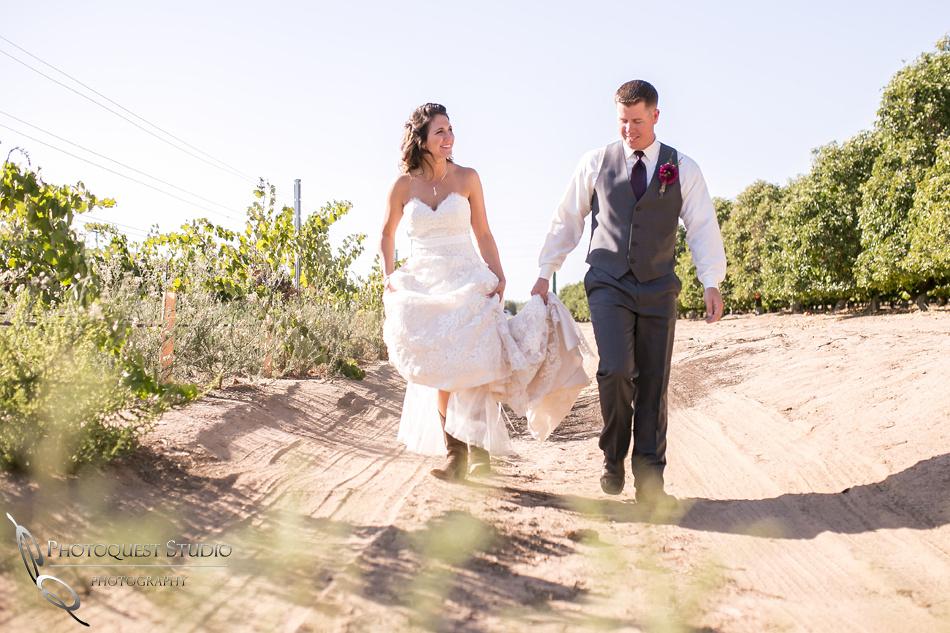 Wedding Photo at Temecula Winery, Wiens Family Cellars by Temecula Wedding Photographer, Amanda and Jonathon