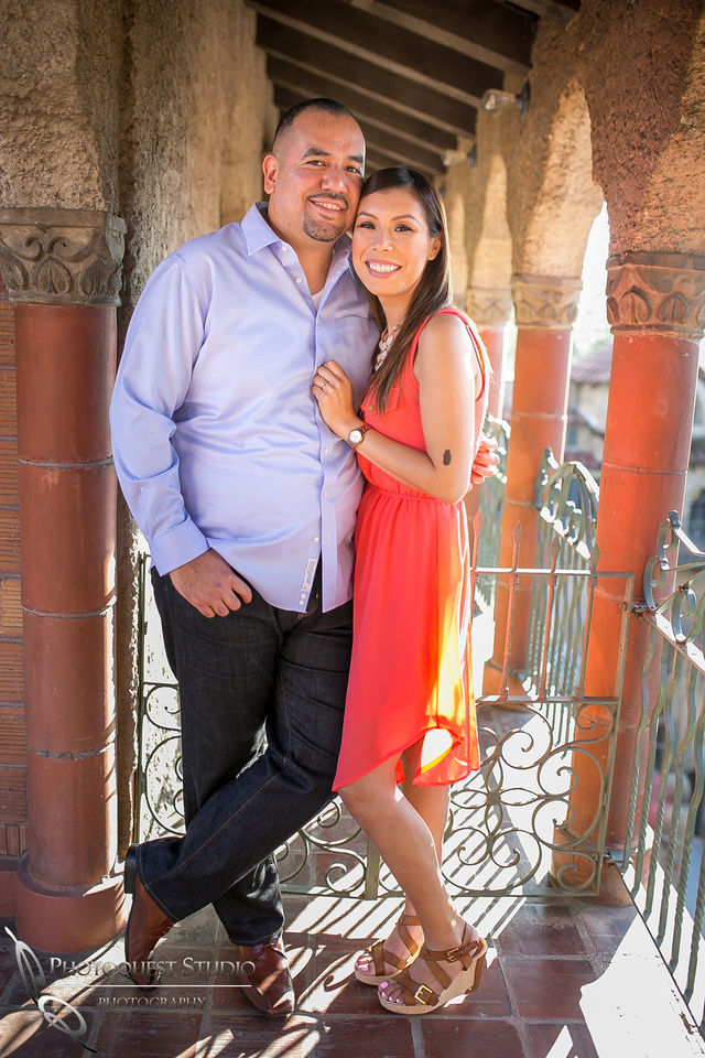 Beautiful couple Engagement Photo at Mission Inn Hotel