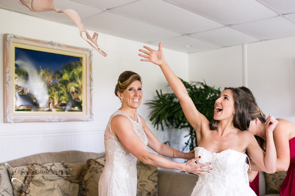 throw the bra away on the wedding day, fallbrook wedding by temecula photographer