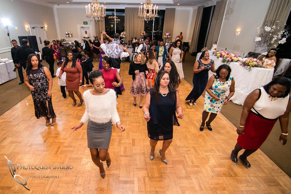 Dancing all night at Los-Angeles-Wedding-Photographer-at-Castaway-Burbank