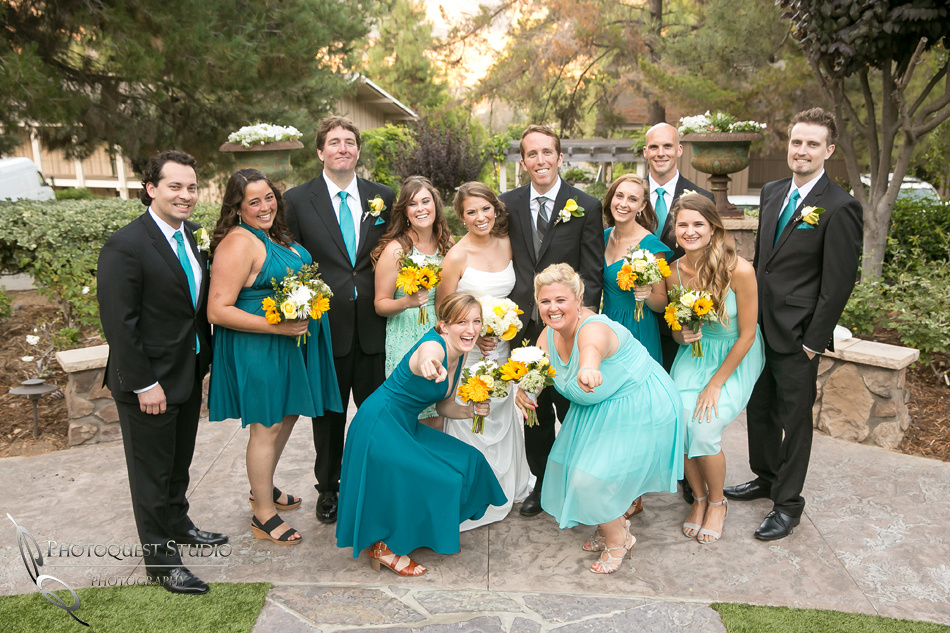 Bridal party photo-by-Wedding-Photographer-in-Temecula