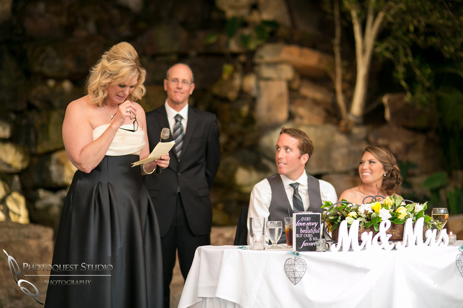 Wedding speech-photo-by-Wedding-Photographer-in-Temecula,-Ashley-&-Kyle