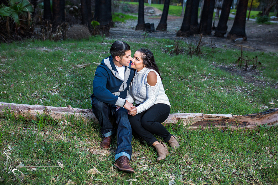 Outdoor Engagement photo by Temecula wedding photographer -Daniela & Ben (20)
