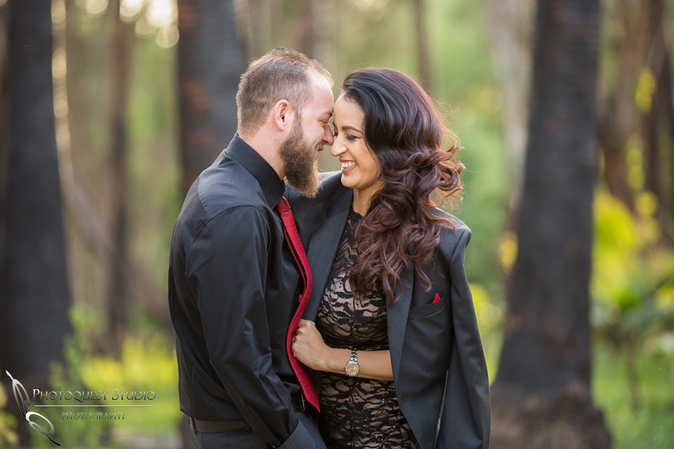 Wedding-Photographer-in-Temecula,-Engagement-Happy-Moment