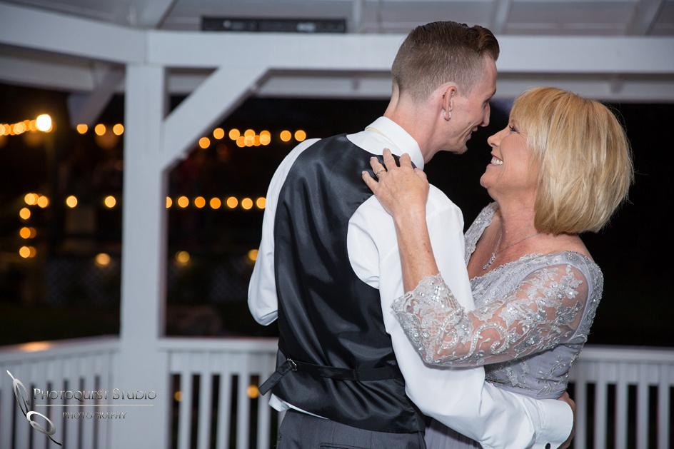 Wedding-photos-at-the-Orchard-Wedgewood-Wedding-in-Menifee-by-Temecula-Wedding-Photographer