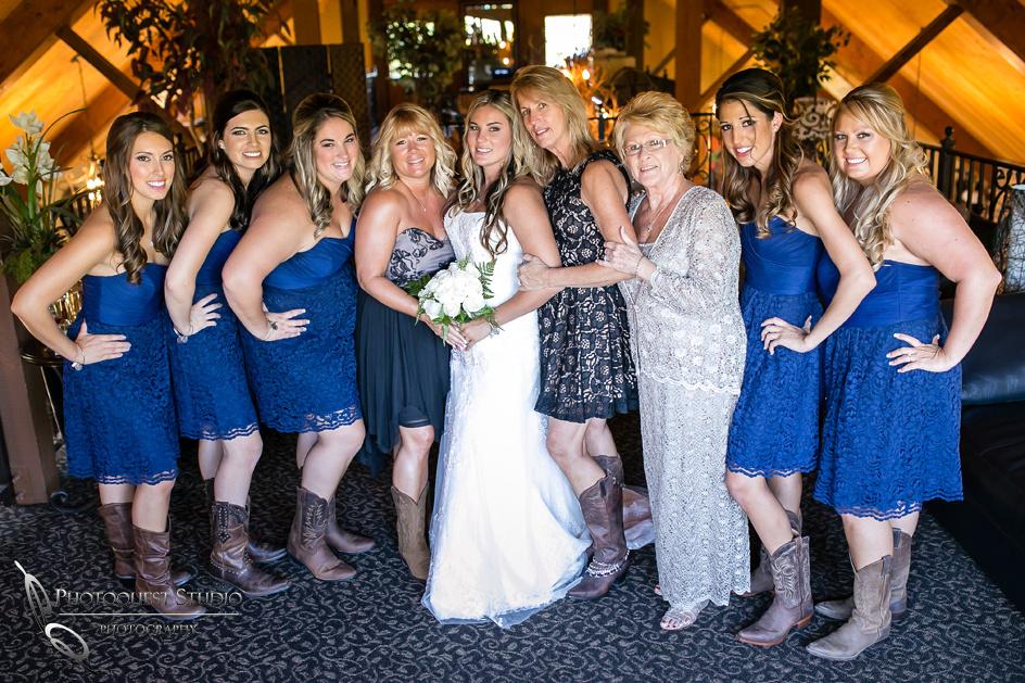 Sweet-Couple-Wedding-at-Longshadow-Ranch-Winery-by-Temecula-Wedding-Photographer