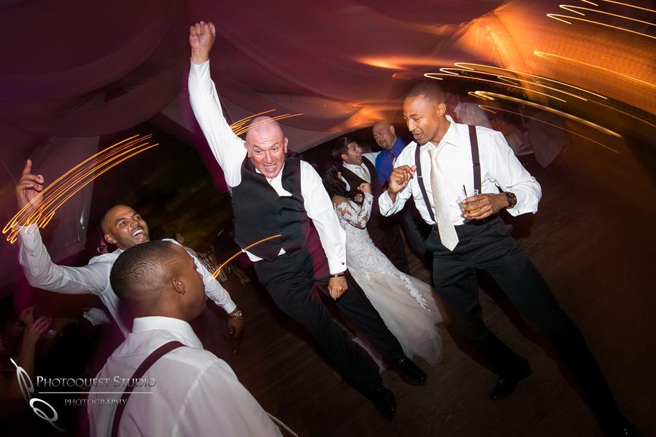 father of the groom rock the dance floor