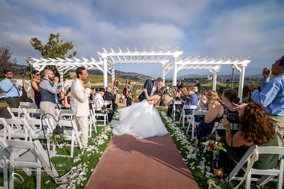 Wedding Photo at Leoness Cellars by Temecula Winery Photographer, Cynthia and Adam (38)