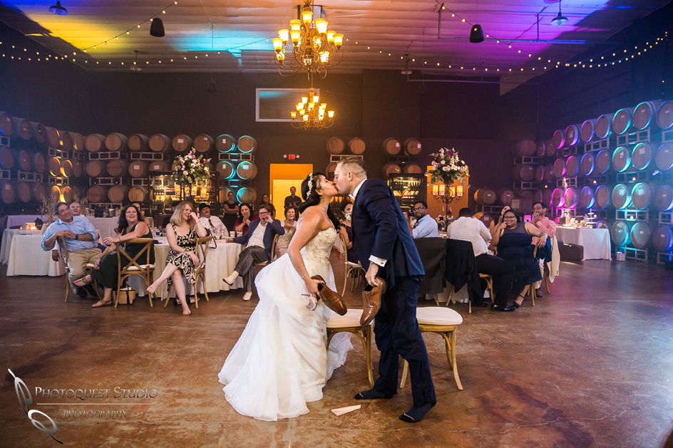 Wedding Photo at Leoness Cellars by Temecula Winery Photographer, Cynthia and Adam (67)