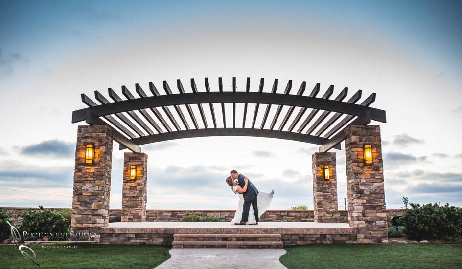Wedding-at-Omni-Resort,-Spa-and-St-Thomas-catholic-Church,-Carlsbad,-Camp-Pendleton,-San-Diego,-California,-Dawn-and-Jon-(39)--