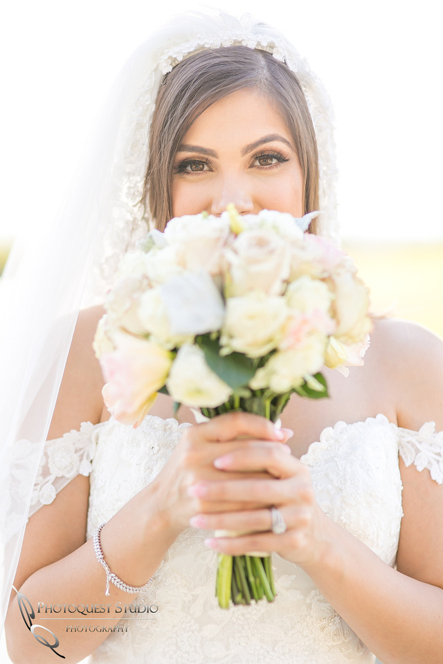 Bride beautiful eyes