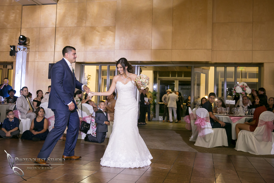 Temecula-Wedding-Photographer-at-Diamond-Bar-Event-Center (43)