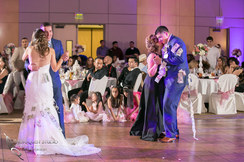 Temecula-Wedding-Photographer-at-Diamond-Bar-Event-Center (56)