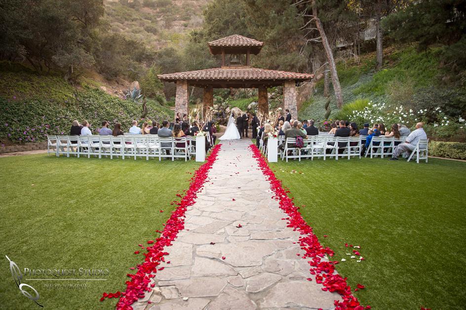 Temecula Wedding Photographer at Fallbrook wedding