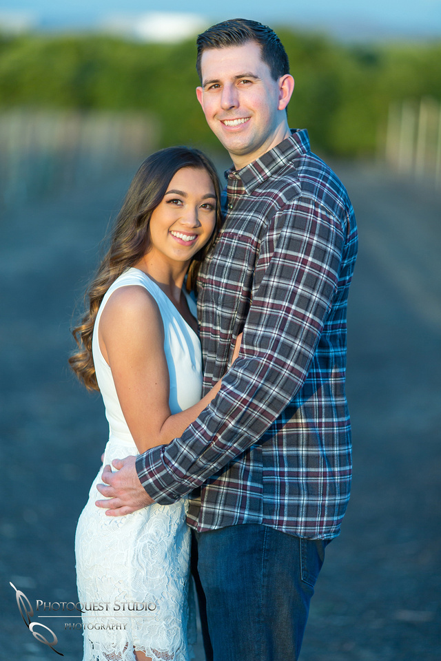 Engagement Photo at Wiens, Temecula Winery Wedding Photographer, Paige and Alex (26)