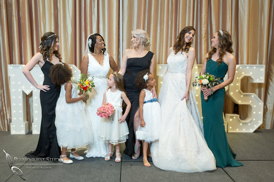 Happy time at Kiss-The-Bride-Expo,-Bridal-Show