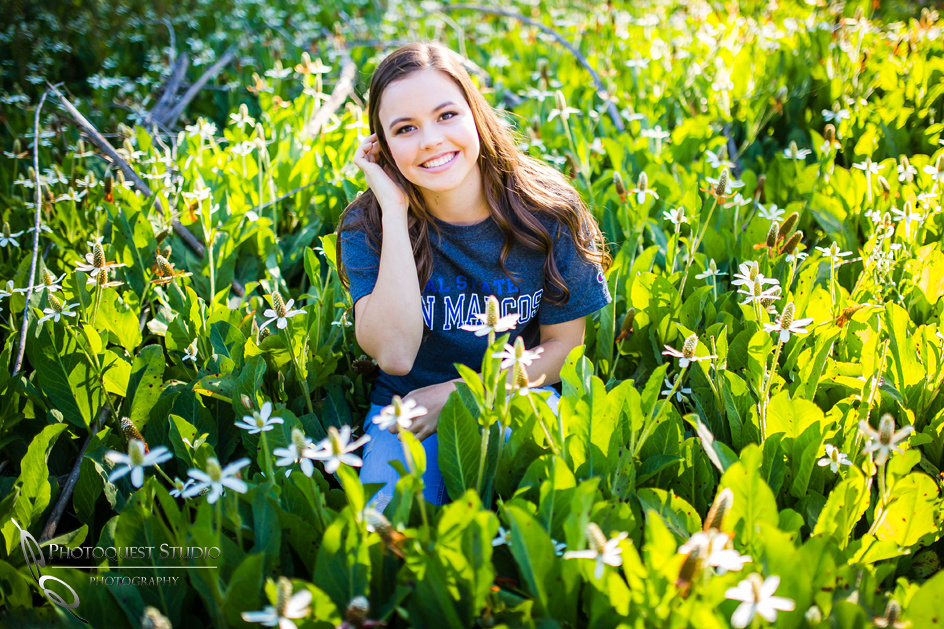 Senior-Photo-with-flower-by-Photoquest-Studio,Temecula-Photographer
