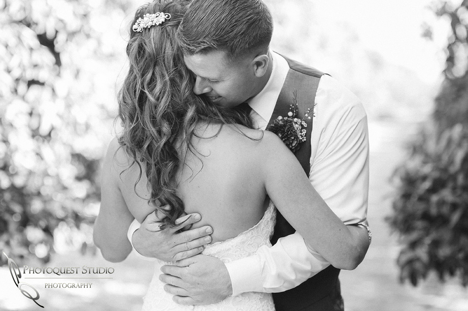 sweet love, Wedding Photo at Temecula Winery, Wiens Family Cellars by Temecula Wedding Photographer