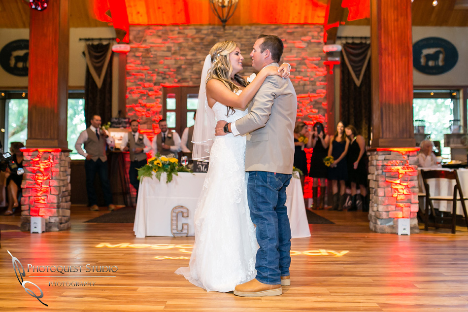 Wedding at Longshadow Ranch Winery by Temecula Wedding Photographer (56)