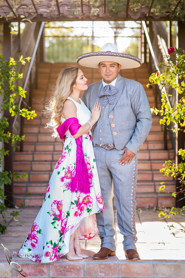 Engagement Photo by Menifee, Temecula, Fallbrook Wedding Photographer, the vaquero
